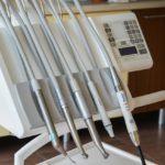 Co można zrobić by zęby były zdrowe i mocne?