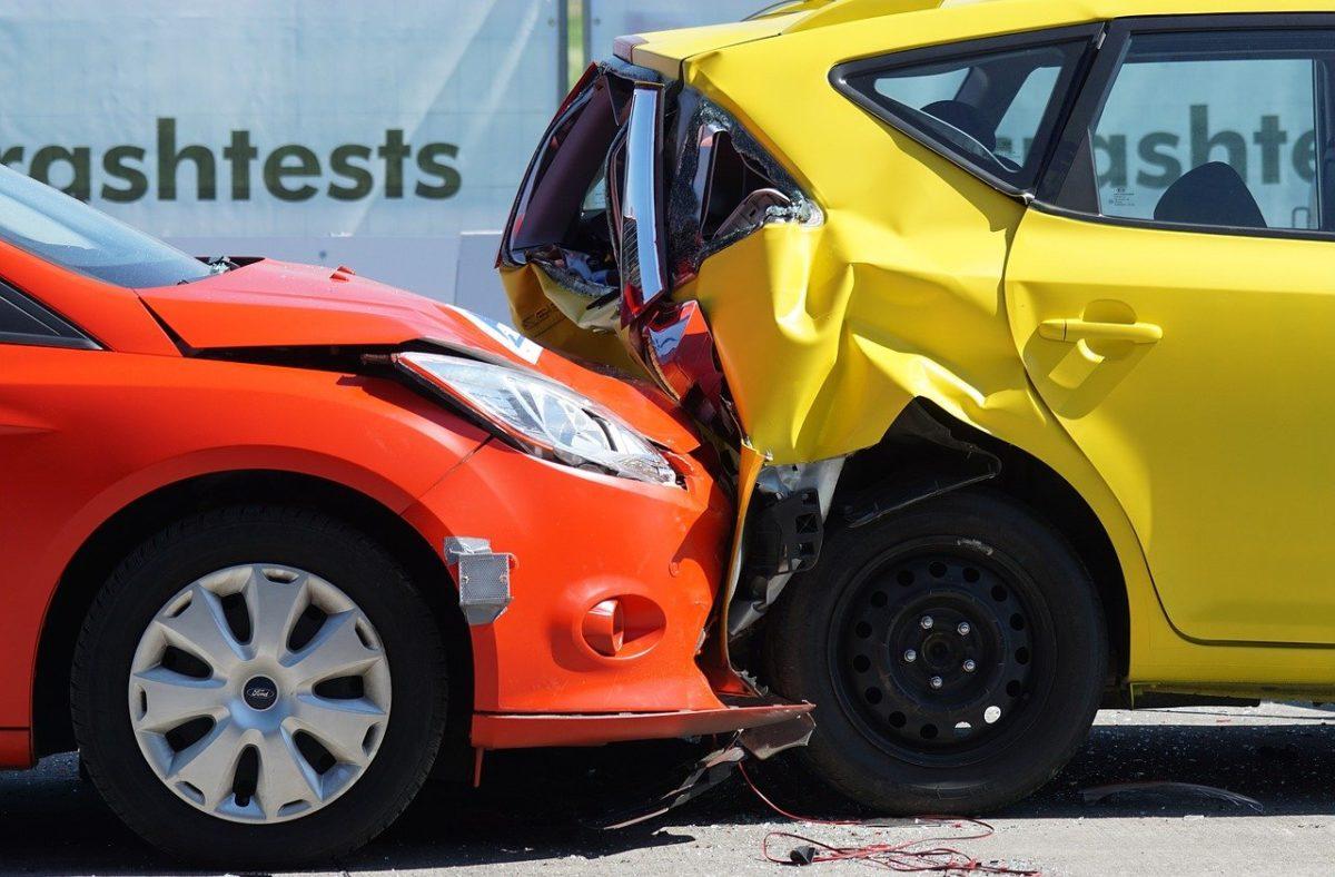 Na ogół polisa ubezpieczenia dotyczy wypłatę zadośćuczynienia w wypadku…